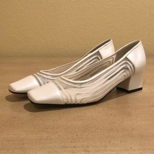 Pearly white J.Renee shoes